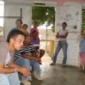 c.c Pio tamayo y jovenes que han participado en la rehabilitacion de la cancha